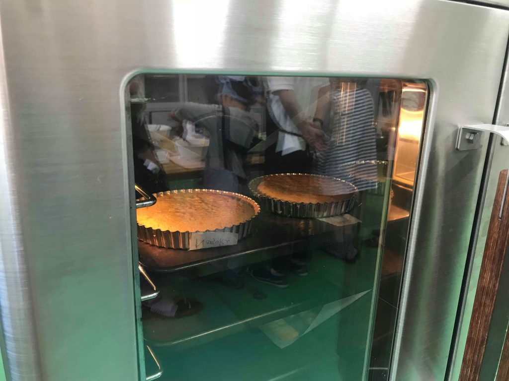 タルト生地オーブンIN