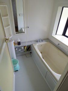 カルスト山荘バスルーム