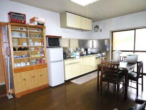 大井野雌山の家キッチン
