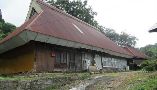 1848年に建てられた茅葺きの古民家で農ある田舎暮らしが可能(No.123 哲西町上神代)